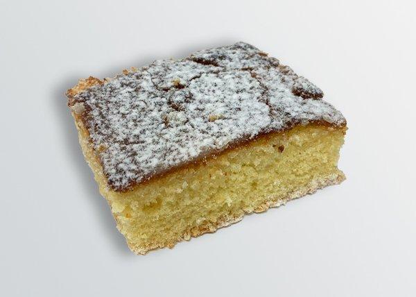 Lemon Drizzle Cake - Doreen's Bakery