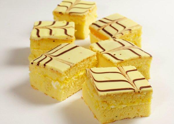 Lemon Square - Doreen's Bakery